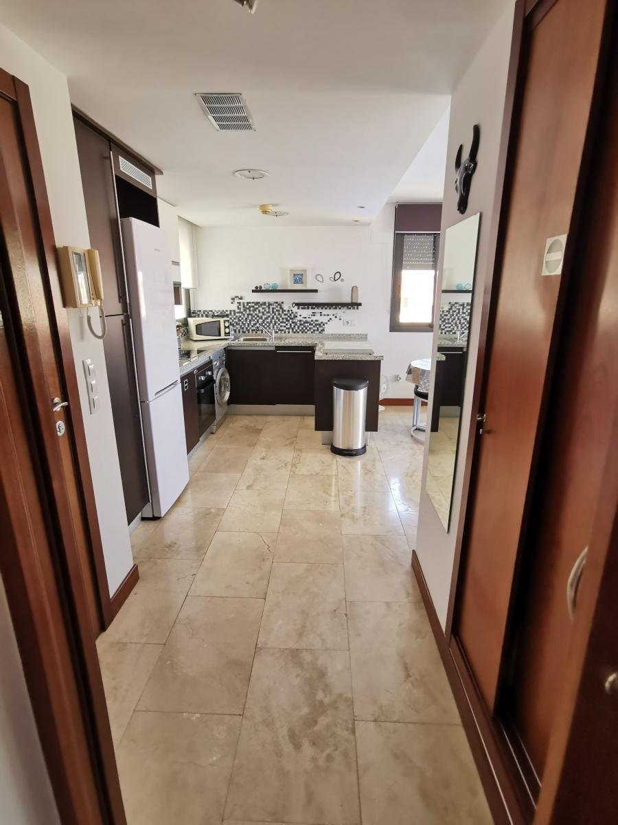 Hall-vue-cuisine-Lomas-de-Campoamor